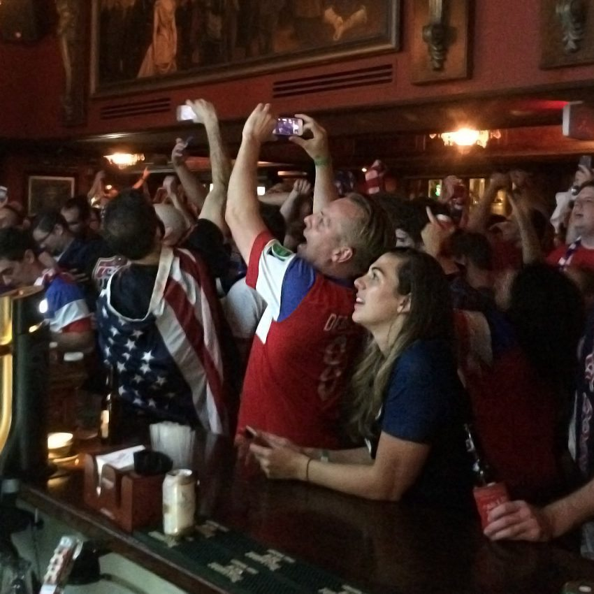 American Outlaws Cheering