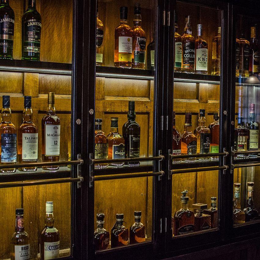 Parties R 237 R 225 Irish Pub Burlington