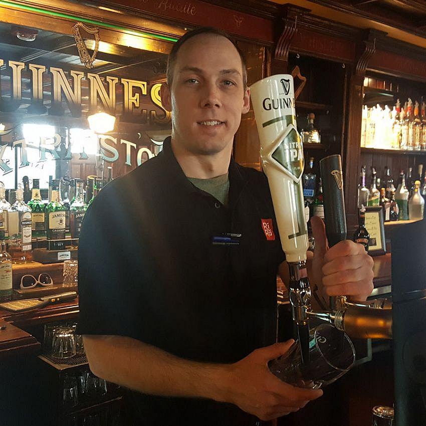 Scott Noah - Bartender